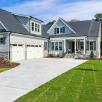 Craftsman exterior style house