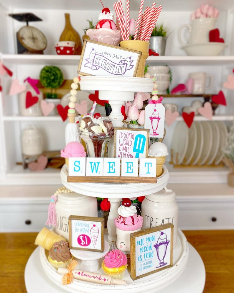 ice cream parlor tiered tray