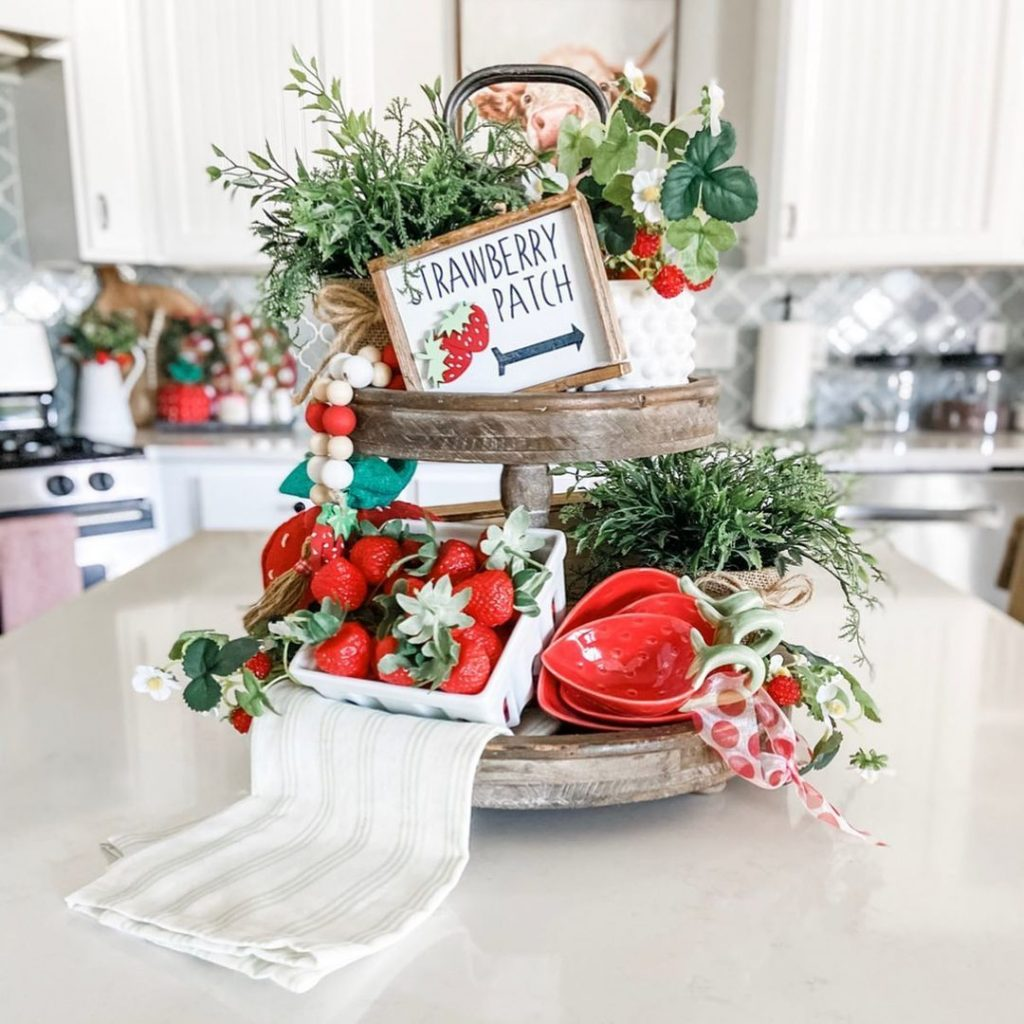sweet strawberries tiered tray