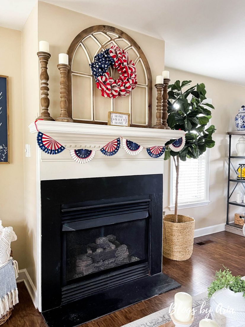 styled fireplace mantle for the Fourth of July